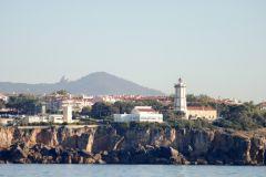 Arrivée à Cascais, Sintra dans le fond